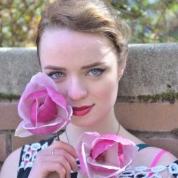 Rose_Portrait_Web